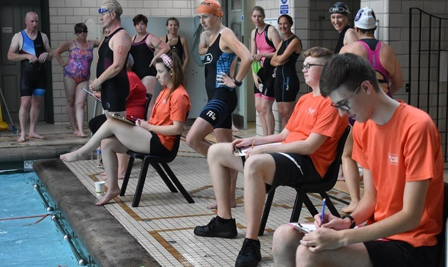 Tri BB event makes a real splash in Bramley!